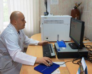 Заведующий клинической лабораторией ГБУЗ АО АПНД - Носов Олег Сергеевич