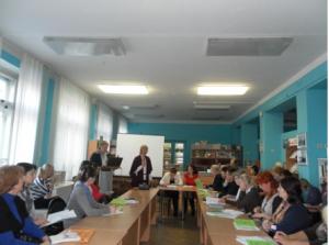 Участники веб-консультации, собравшиеся в Октябрьской библиотеке № 2 г. Архангельска